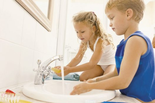 Утренние процедуры для ребенка